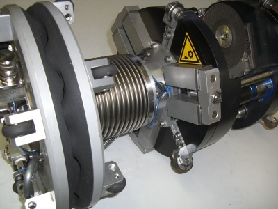 INSPECTOR SYSTEMS develops flexible grinding robot for surge line